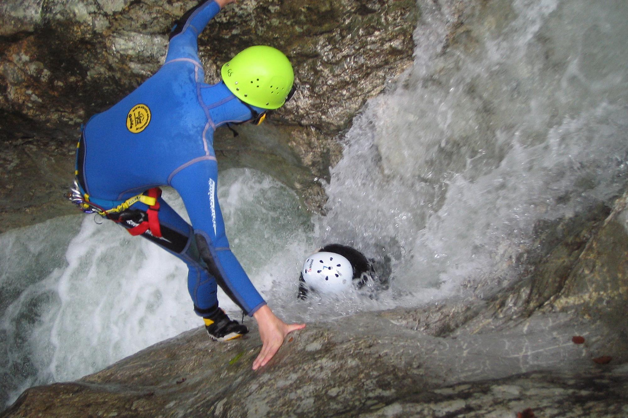 Klettergurt Canyoning : Bildergalerie canyoning in vorarlberg high 5 outdoor